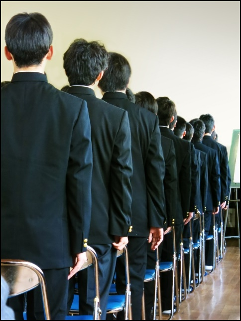 男子学生の画像