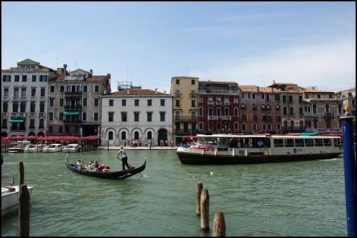 ヴェネツィアのゴンドラの画像
