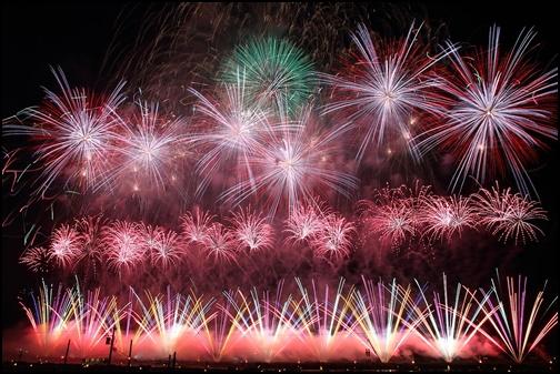 大会提供花火の画像