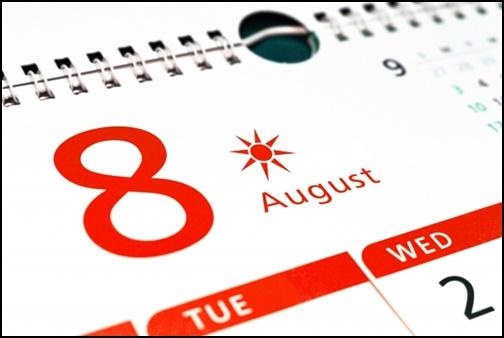 8月のカレンダー画像
