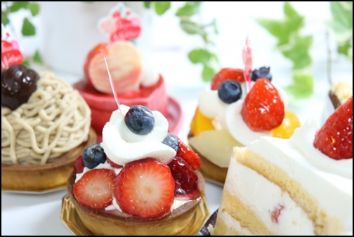 いちごのケーキやスイーツの画像