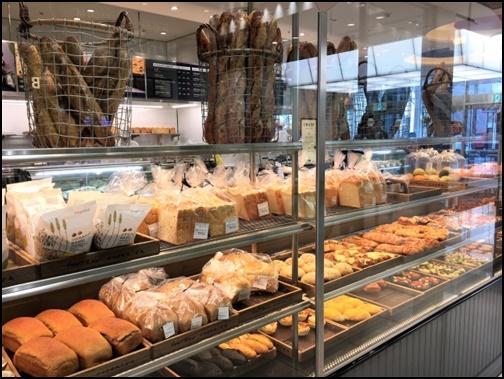 パン屋の画像
