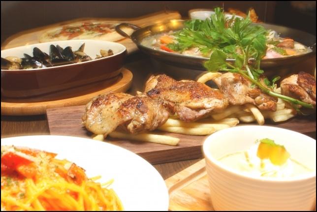 居酒屋の宴会料理の画像