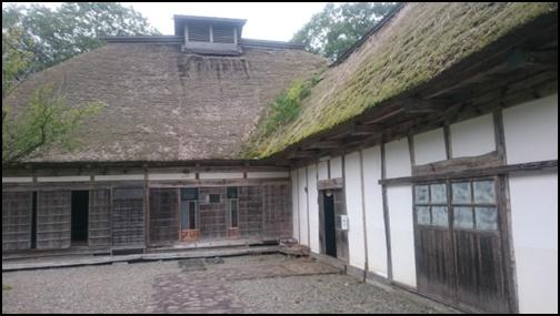 農家の家の画像