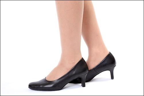 就職活動のおすすめの女性の靴の画像