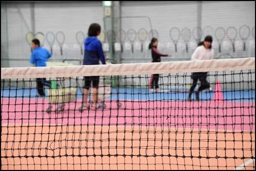 テニスの練習風景の画像