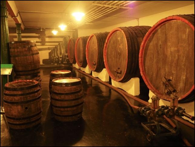 ワインの樽の画像