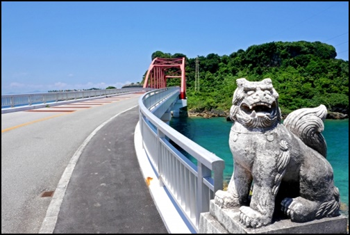 沖縄シーサーの画像