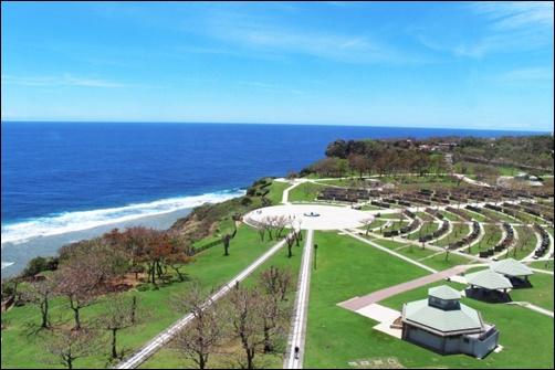 沖縄の平和祈念公園の画像