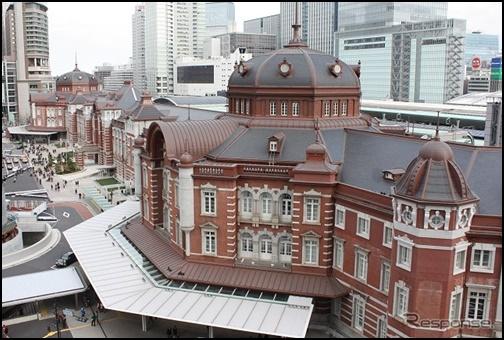 6月の東京駅の画像