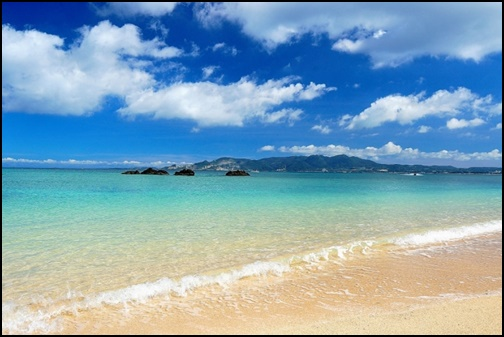 沖縄ビーチの画像