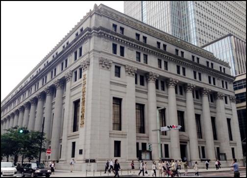 銀行の画像