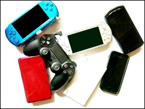 ゲーム機の画像