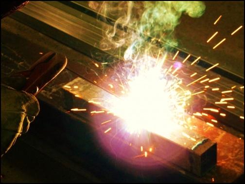 鉄は熱いうちに打ての画像