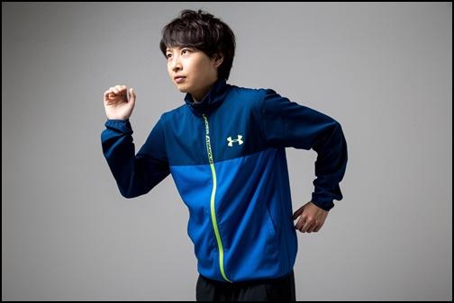 マラソンする男性の画像