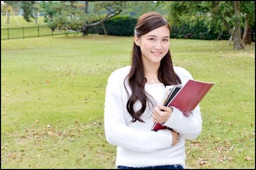 大学生の画像