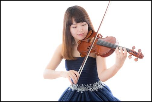 バイオリニスト女性の画像