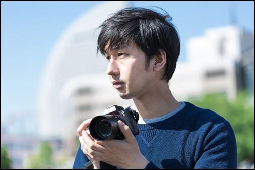 イケメンカメラマンの画像