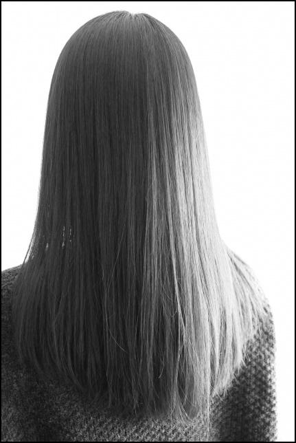 黒髪ロングの画像