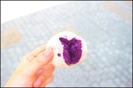 紫芋まんじゅうの画像