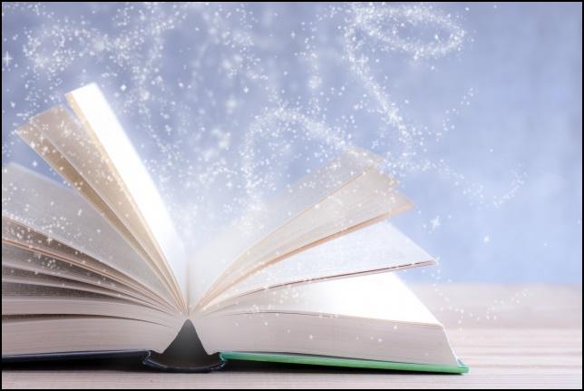 本から魔法が出ている画像